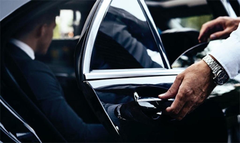 Juíza proíbe autarquias do RJ de barrar atuação de motoristas do Uber.