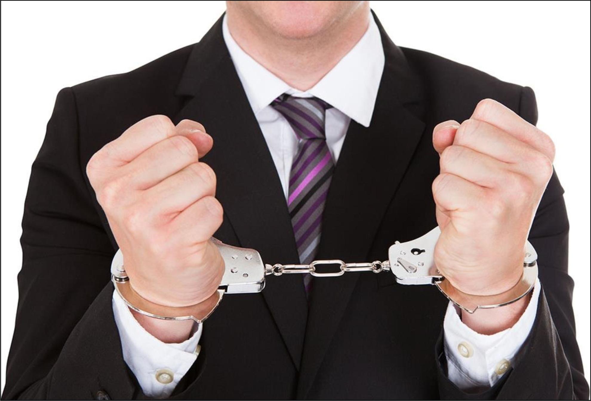 Advogado é condenado por contrariar interesses de cliente em processo