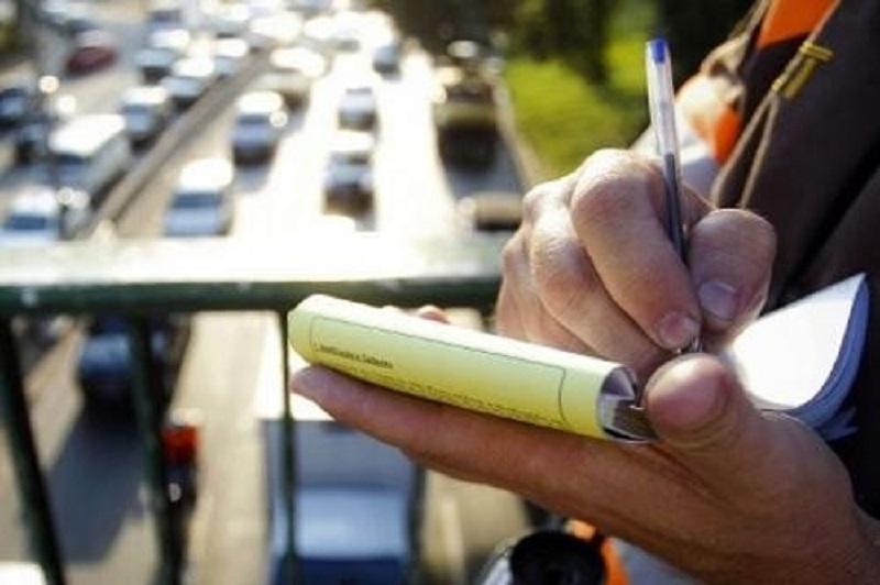 Multa de trânsito subirá mais de 50%. Usar celular será infração gravíssima.