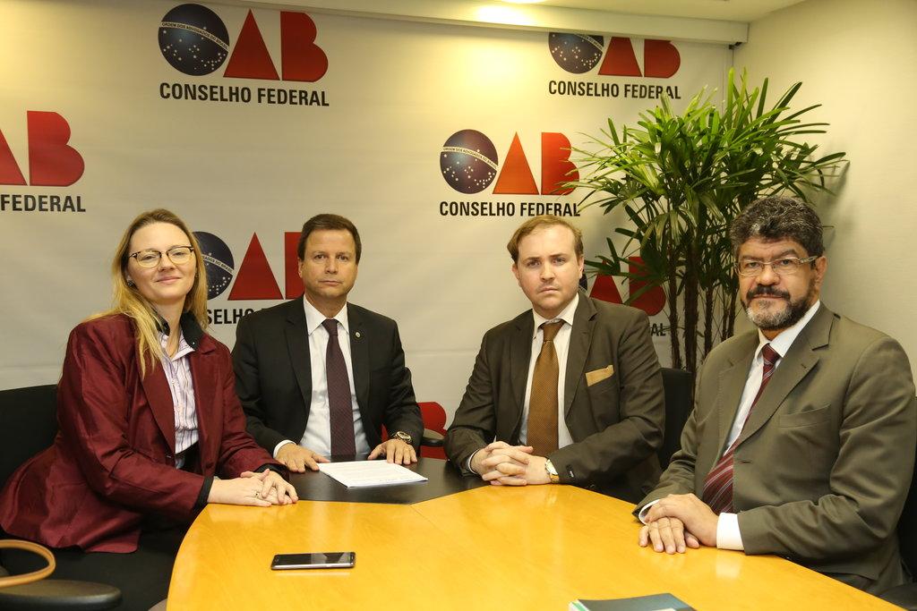 OAB repudia declaração de ministro por criticar advogados dos Correios