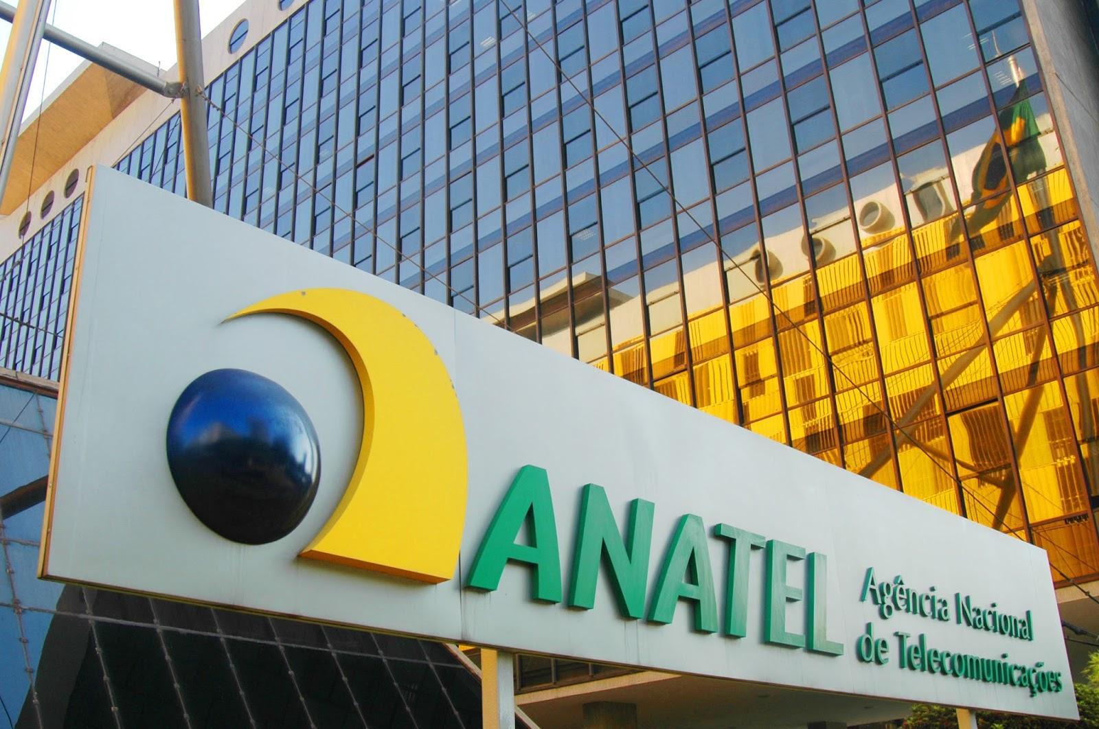 """""""Anatel se curva às telefônicas"""", diz Lamachia sobre decisão da agência"""