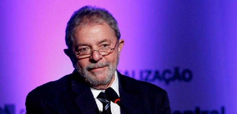 Lula pede que Janot investigue supostas irregularidades cometidas por Sergio Moro