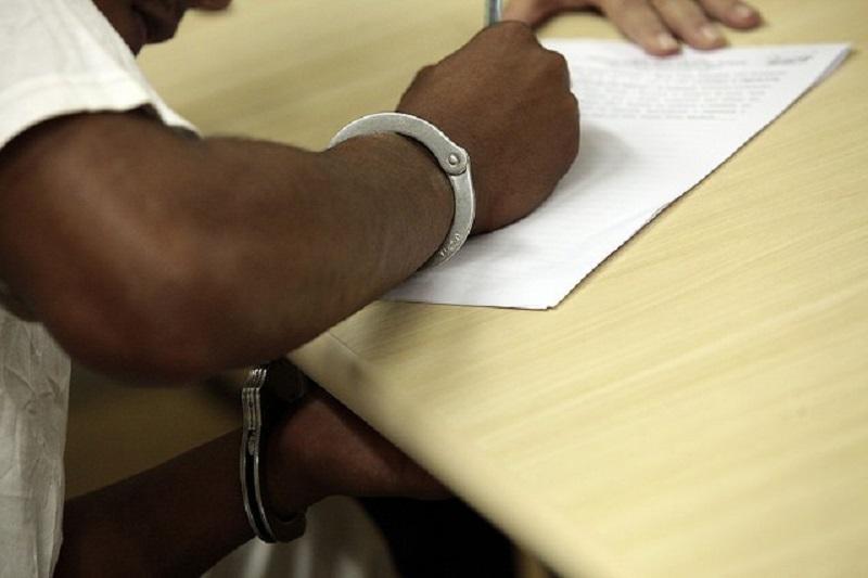 Tribunais terão de comunicar imediatamente redução de pena de réus presos