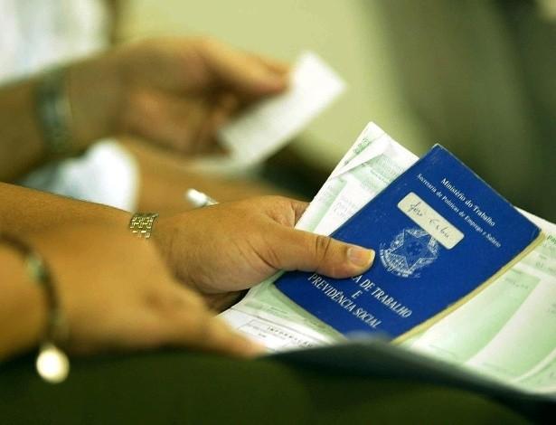Servidor que migrou de regime celetista para estatutário tem direito a sacar o fundo de garantia