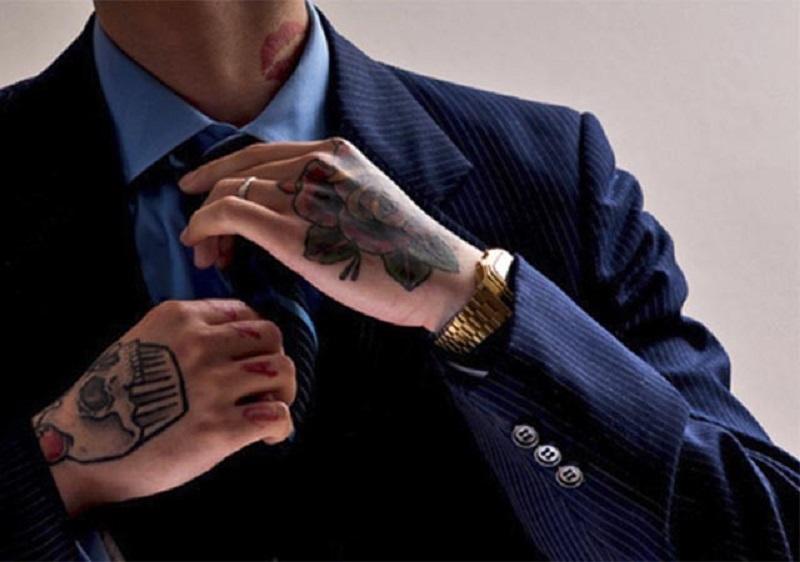 Candidato não pode ser excluído de concurso por possuir tatuagem
