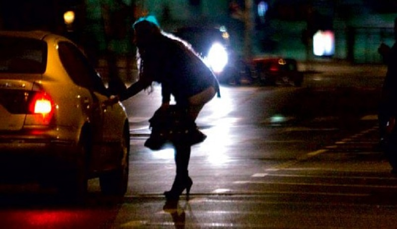 E por acaso prostituta tem direito?